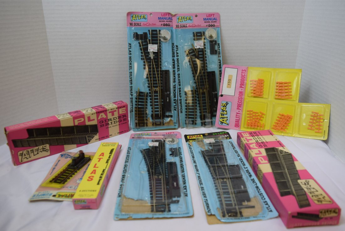 ATLAS HO SCALE TRACKS AND SUPPLIES