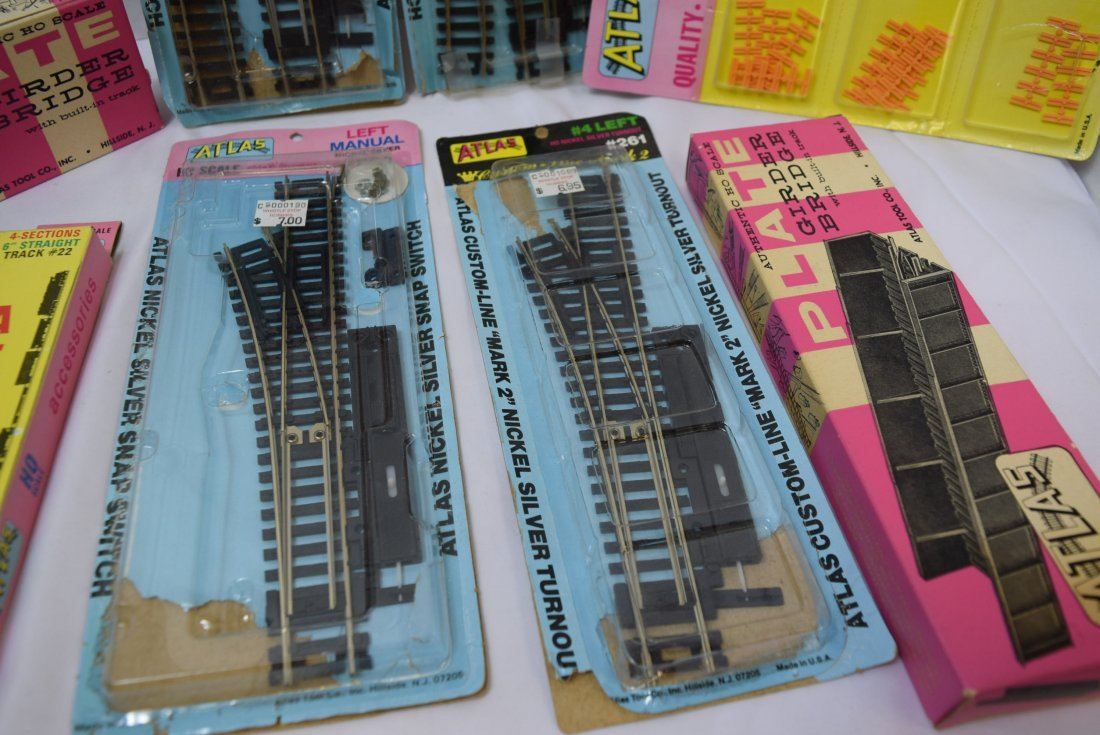 ATLAS HO SCALE TRACKS AND SUPPLIES - 2