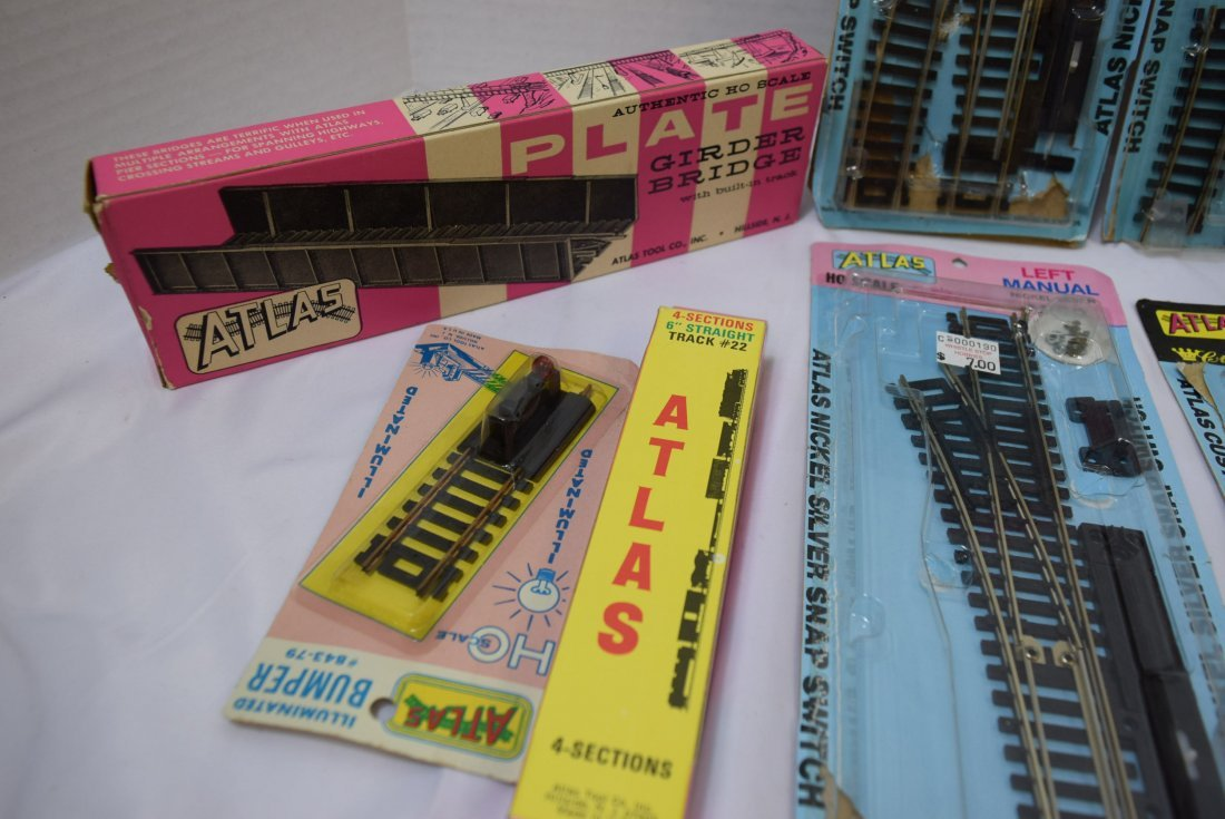 ATLAS HO SCALE TRACKS AND SUPPLIES - 3