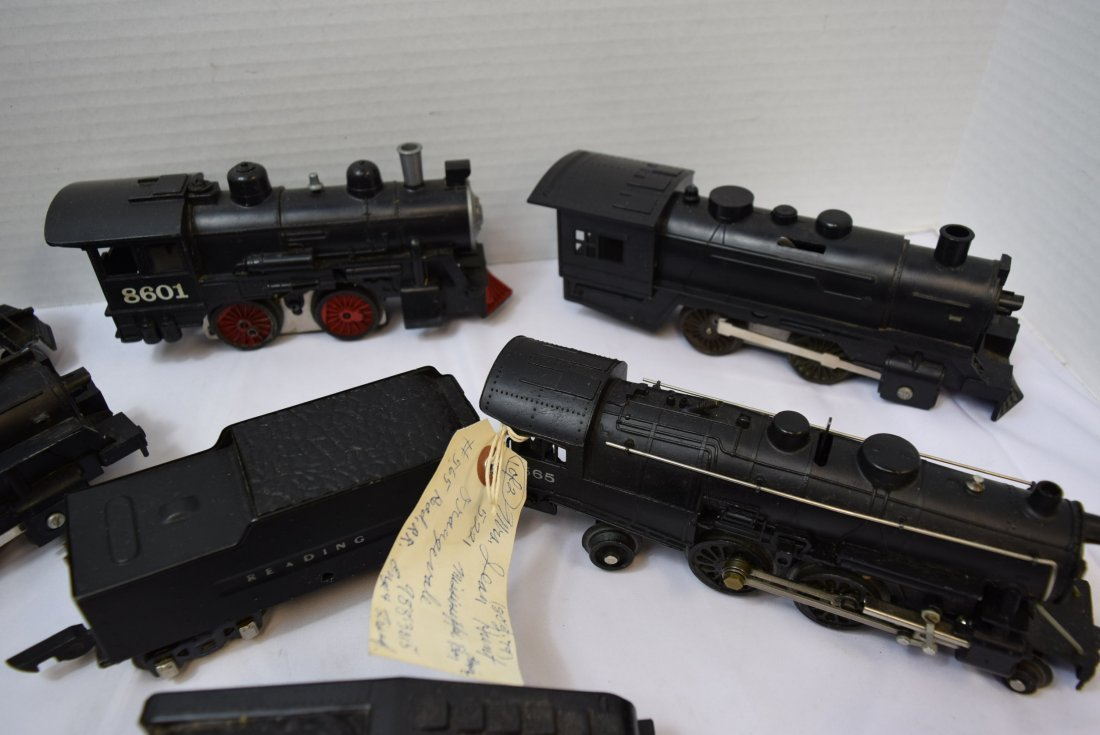 LOT BOX OF 5  LOCOMOTIVES AND 2 TENDERS - UNKNOWN - 3