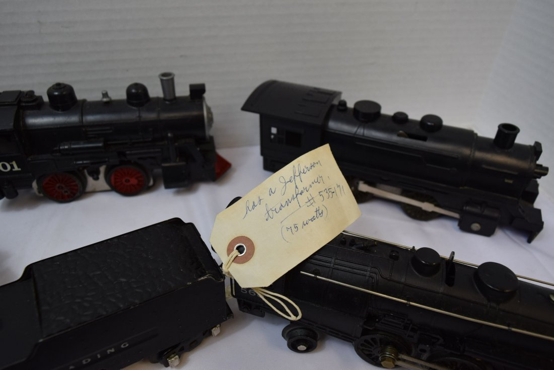 LOT BOX OF 5  LOCOMOTIVES AND 2 TENDERS - UNKNOWN - 5