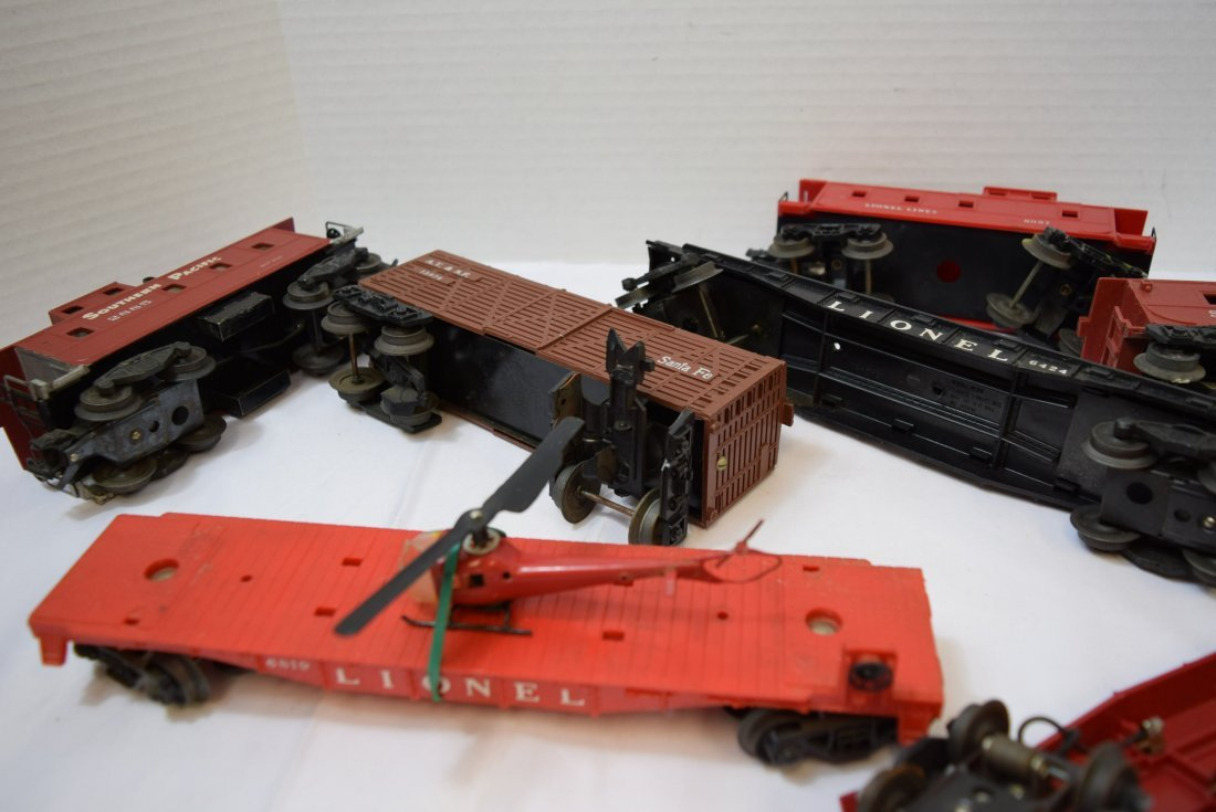 7 PIECE BOX LOT OF LIONEL AND OTHER ROLLING TRAIN - 5