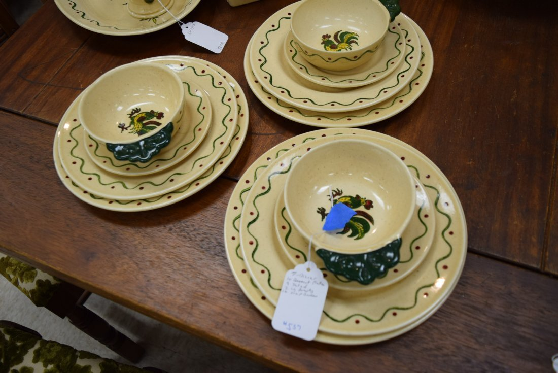 CALIFORNIA POPPYTRAIL GREEN ROOSTER PLATES AND BOW