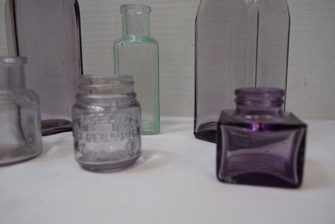 7 VARIOUS ANTIQUE BOTTLES IN VARIOUS COLORS - 2