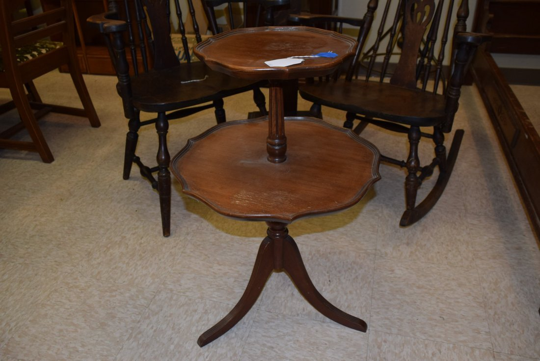 2 TIERED ROUND TABLE - 2