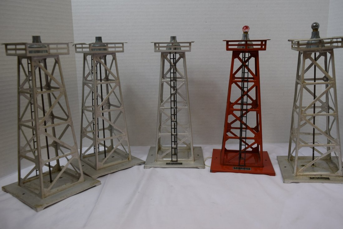 5 LIONEL BEACONS  O SCALE 394