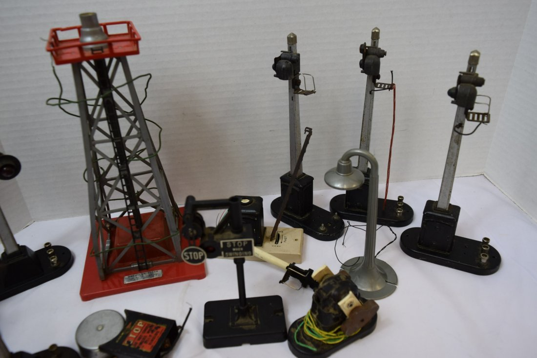 LOT OF SIGNAL LIGHTS - PARTS AND PIECES ONLY - 2