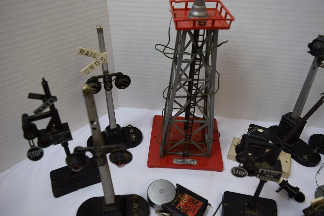 LOT OF SIGNAL LIGHTS - PARTS AND PIECES ONLY - 6