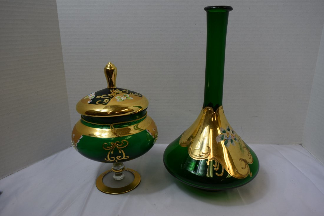 VICTORIAN SEYEI ROUND GREEN COVERED COMPOTE & DECA