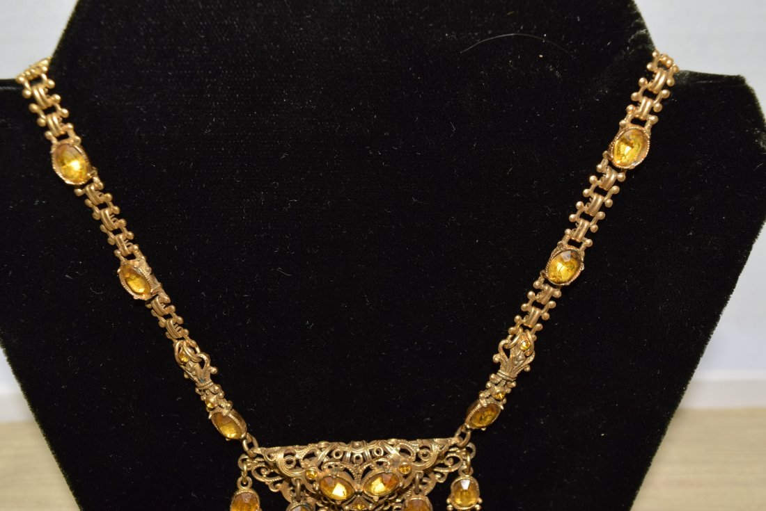 GOLD COLORED CHAIN NECKLACE WITH YELLOW STONES - 3