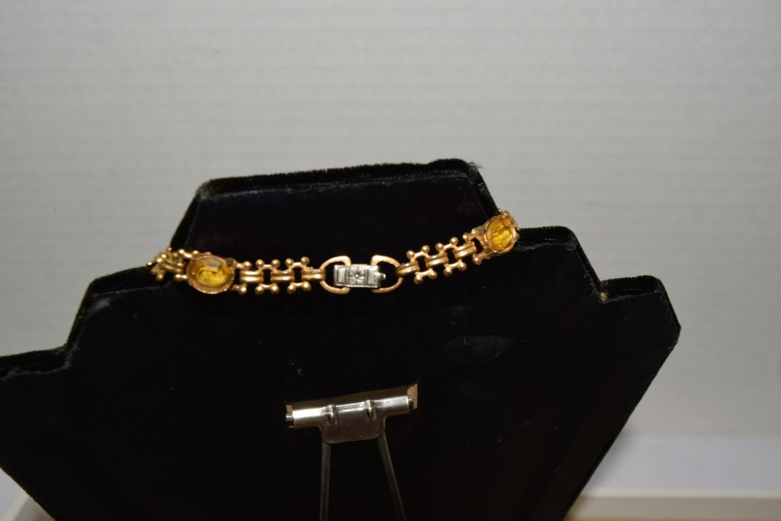 GOLD COLORED CHAIN NECKLACE WITH YELLOW STONES - 4