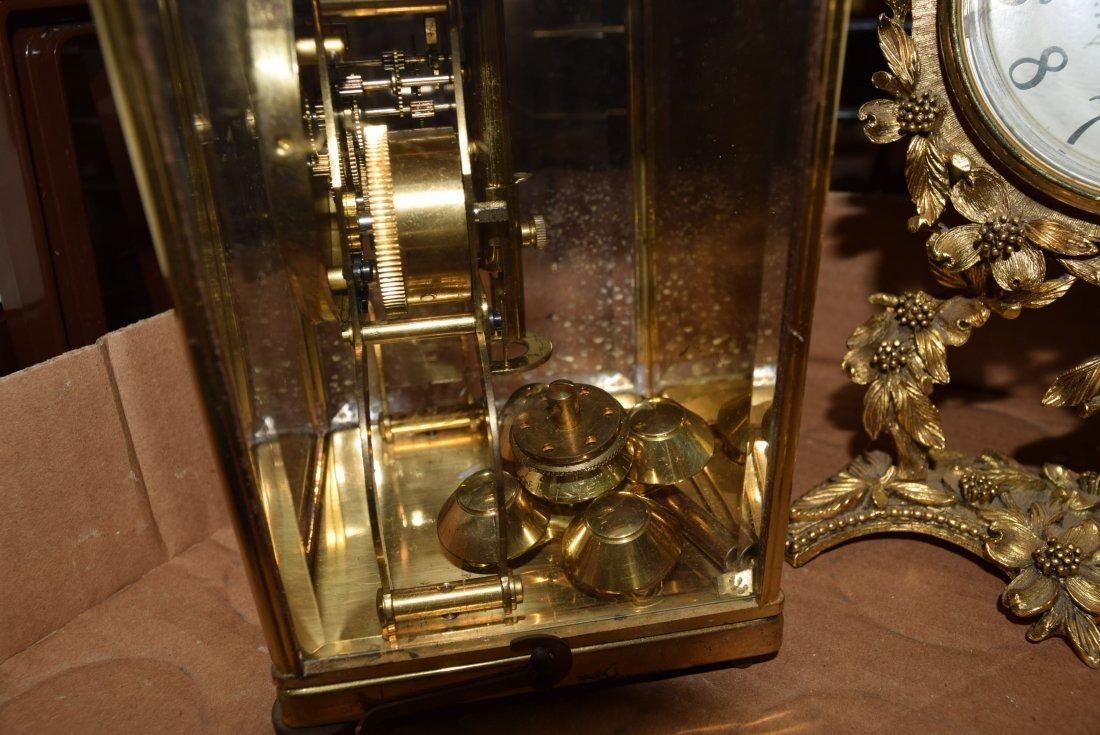 VINTAGE ASHTRAY AND CLOCKS - 3