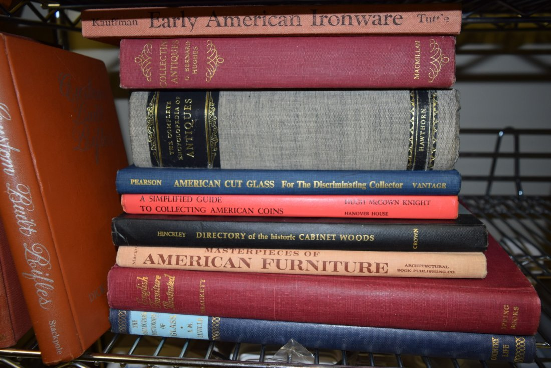 VARIOUS VINTAGE REFERENCE BOOKS - 2
