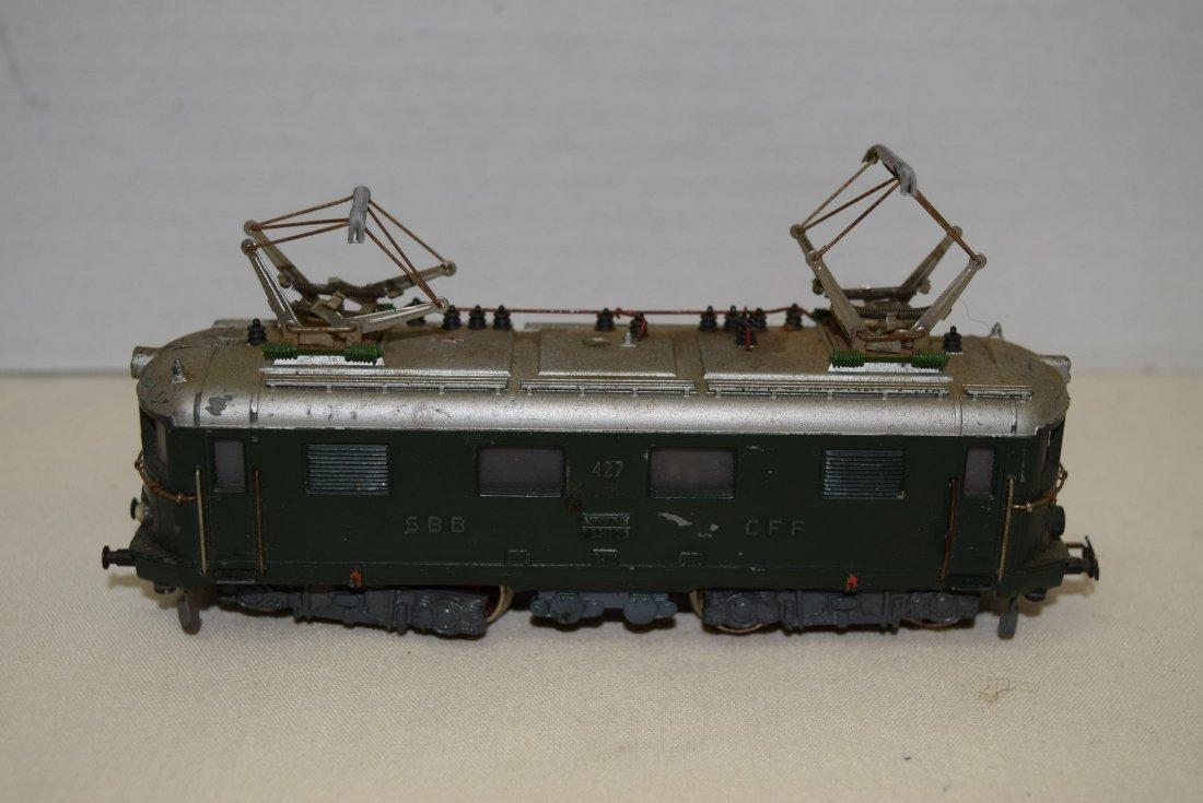 MARKLIN HO SBB CFF 427 RET 800 20V LOCOMOTIVE