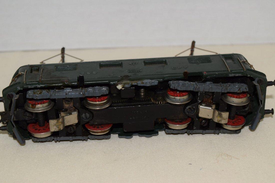 MARKLIN HO SBB CFF 427 RET 800 20V LOCOMOTIVE - 5