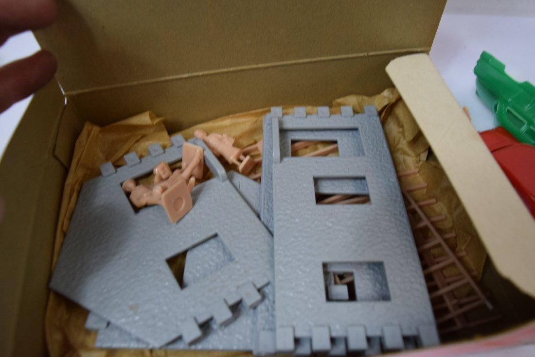 LIONEL HOUSE CONTRUCTION SET 969 - 7