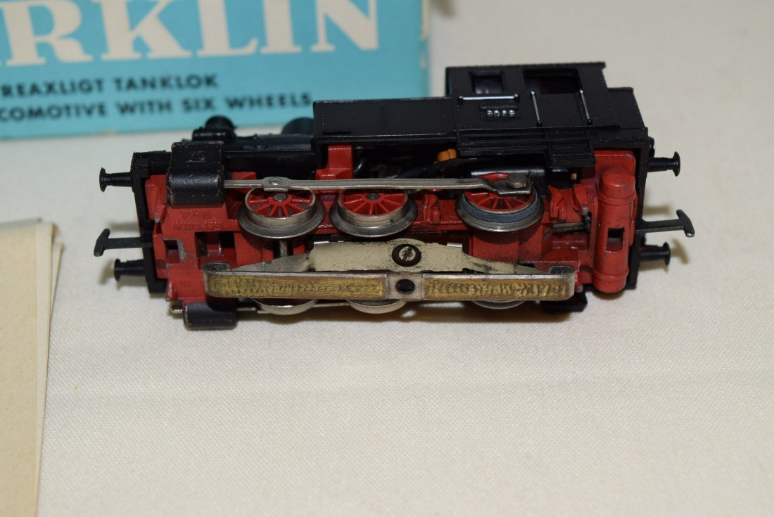MARKLIN HO LOCOMOTIVE 3029 IN ORIGINAL BOX - 4