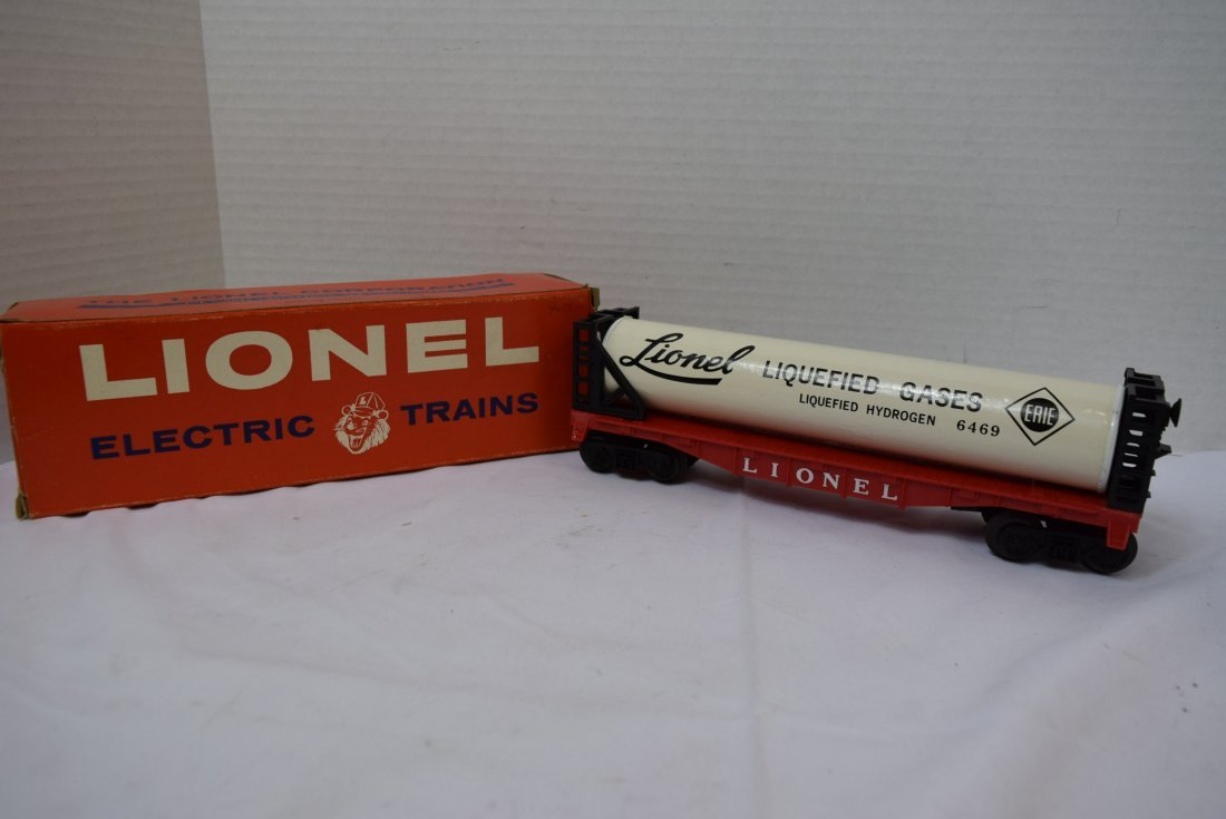 LIONEL LIQUEFIED GAS TANK ROLLING CAR