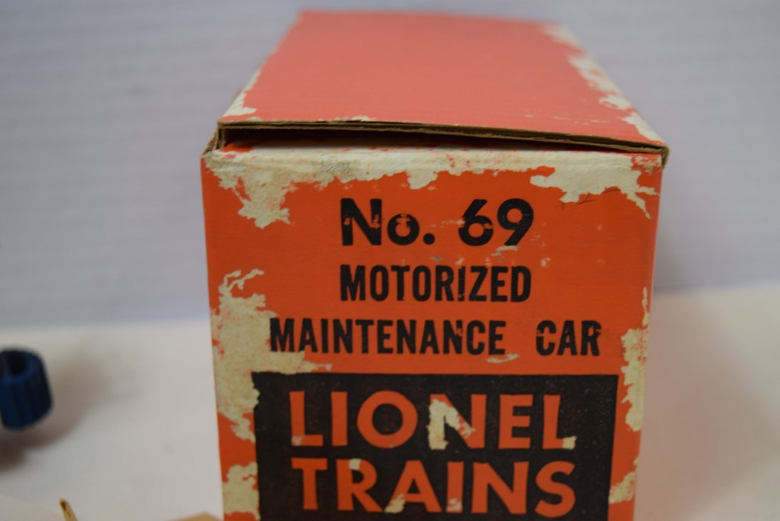 LIONEL MOTORIZED MAINTENANCE CAR - 6