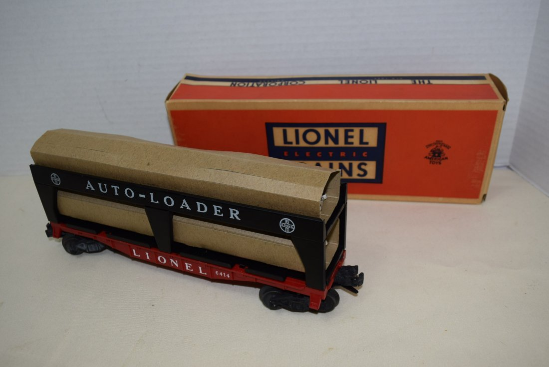 LIONEL AUTO-LOADER TRAIN CAR