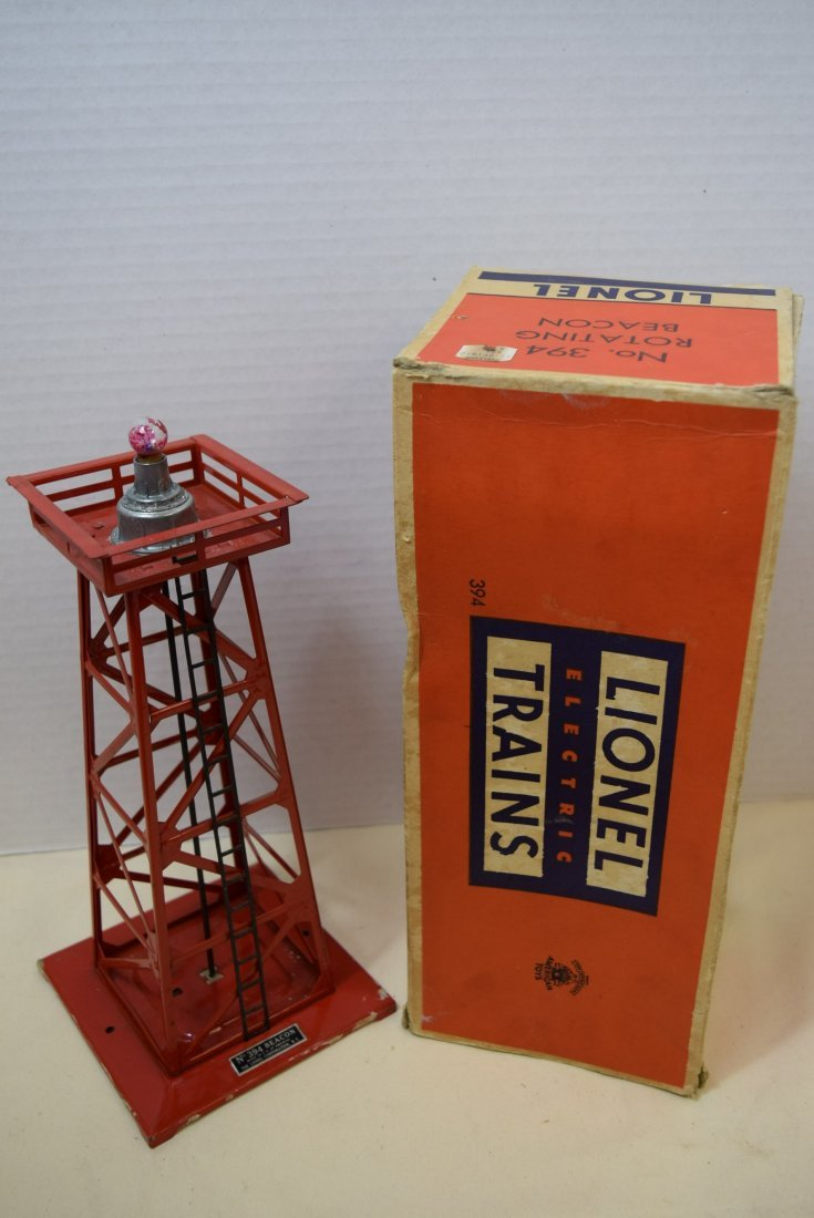 LIONEL ROTATING BEACON IN BOX