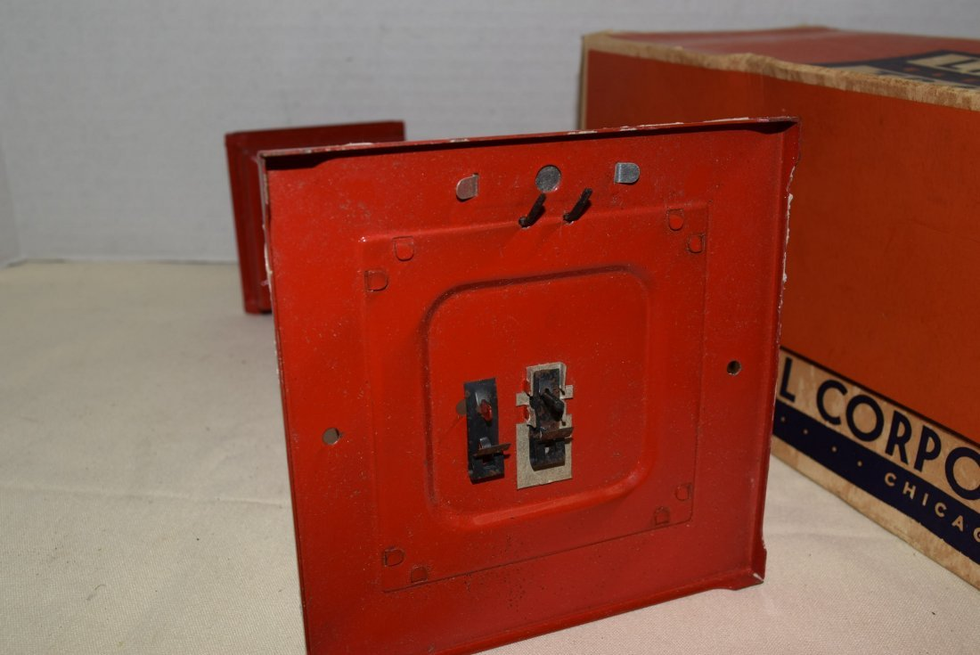 LIONEL ROTATING BEACON IN BOX - 4