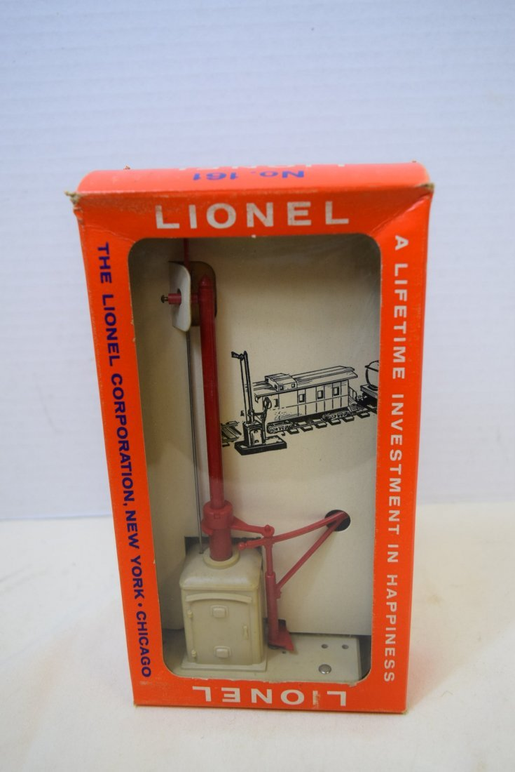 LIONEL MAIL PICKUP SET IN ORIGINAL BOX