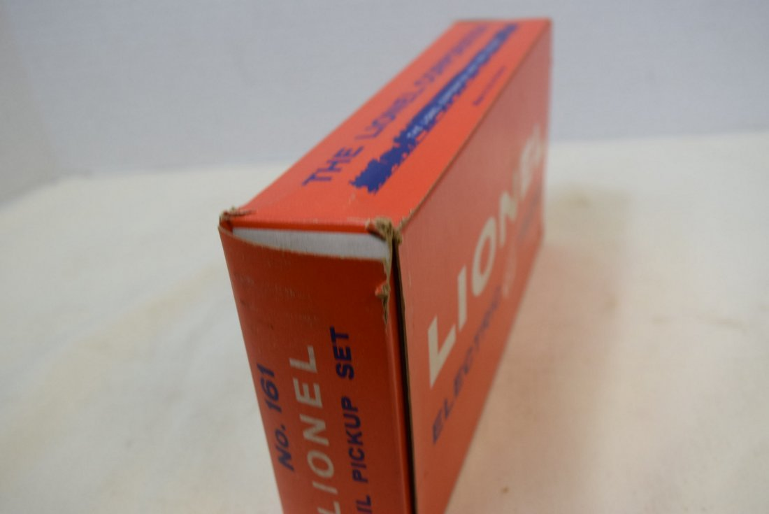 LIONEL MAIL PICKUP SET IN ORIGINAL BOX - 4