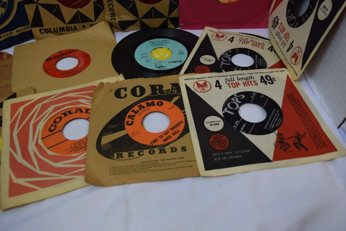 LOT OF VINTAGE 45 RECORDS/LPS - 4
