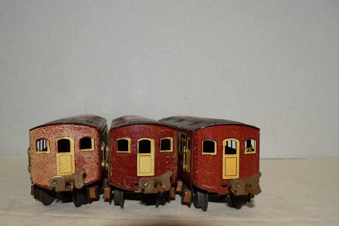 2 PASSENGER PULLMANS AND 1 OBSERVATION CAR BY LION - 4