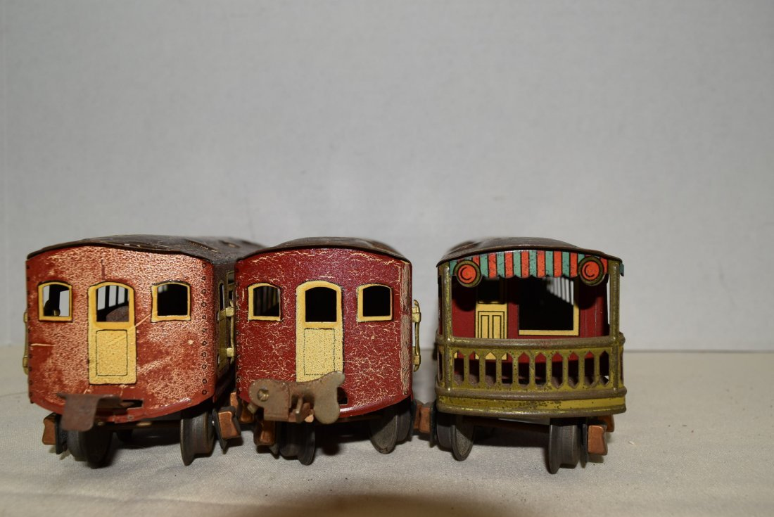 2 PASSENGER PULLMANS AND 1 OBSERVATION CAR BY LION - 5