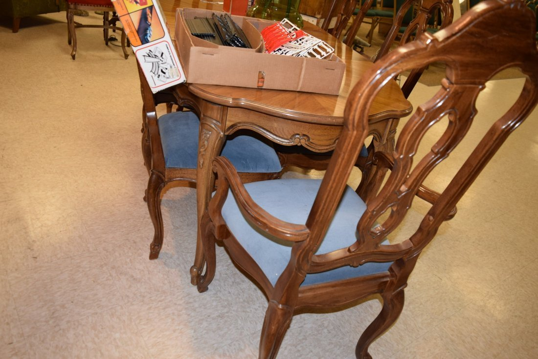 THOMASVILLE 6 CHAIR DINING ROOM SET - 4