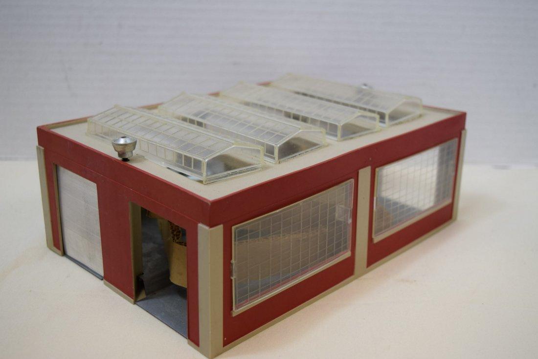 LIONEL ENGINE HOUSE HORN STATION