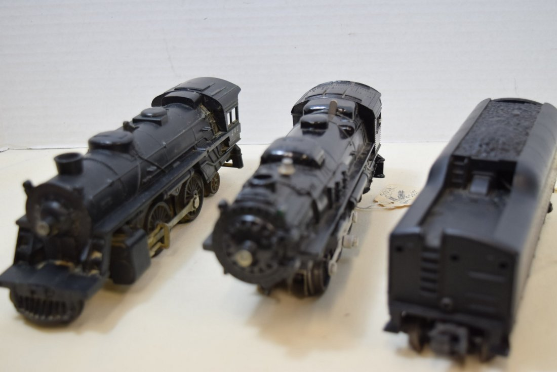 2 LIONEL LOCOMOTIVES AND ONE TENDER - 7