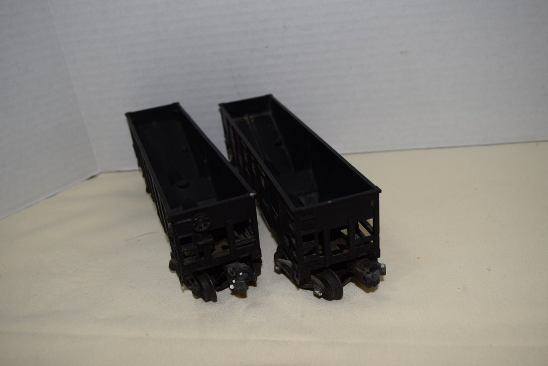 2 LIONEL N&W OPERATING HOPPERS - 3