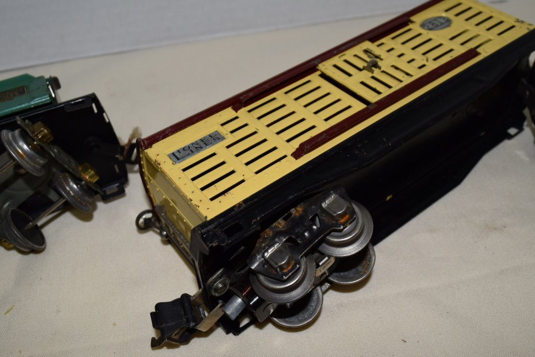 AMERICAN FLYER DUMP CAR AND LIONEL LINES CATTLE CA - 7