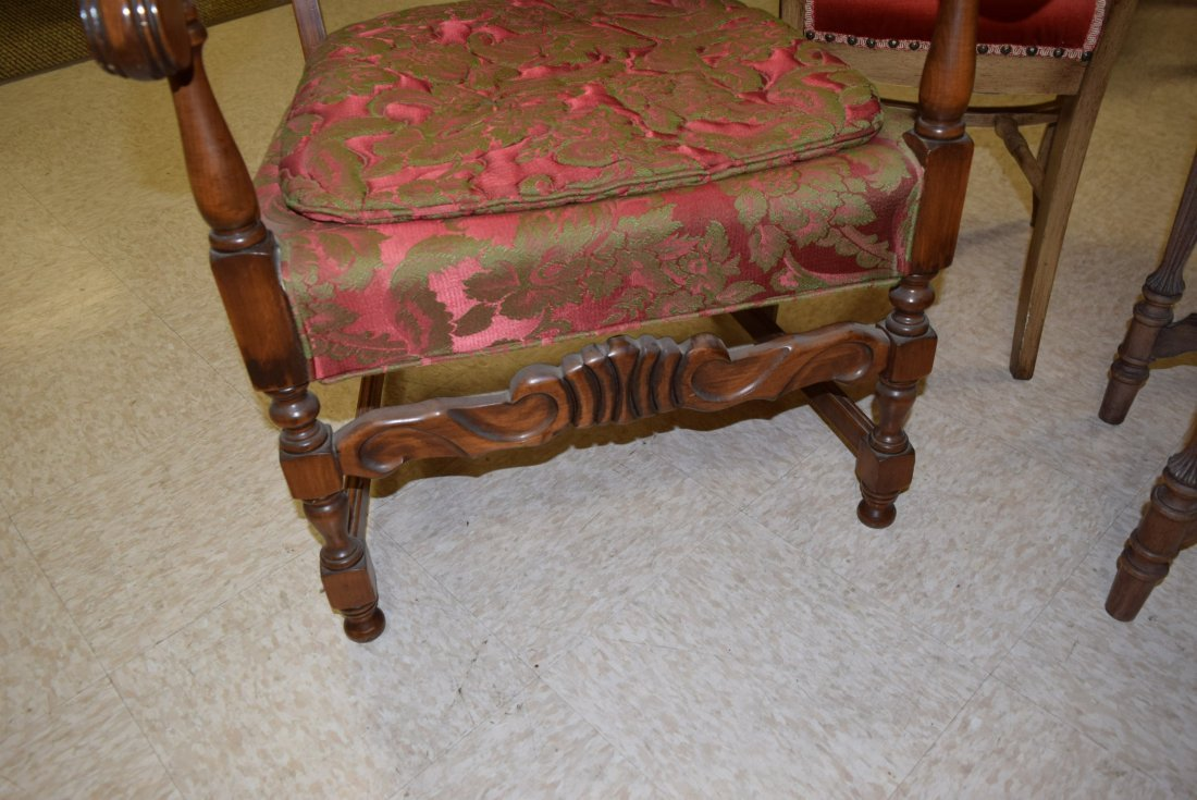 BEAUTIFUL ANTIQUE RED & GREEN CHAIR - 2