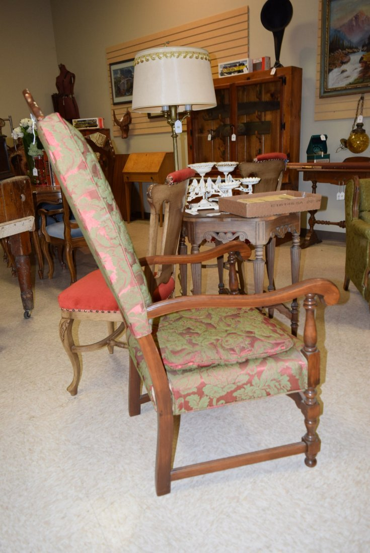 BEAUTIFUL ANTIQUE RED & GREEN CHAIR - 3
