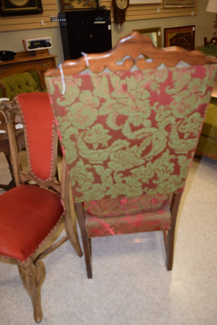 BEAUTIFUL ANTIQUE RED & GREEN CHAIR - 4