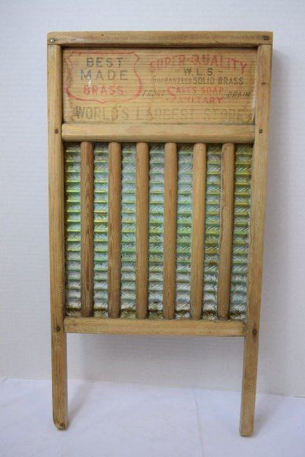 VINTAGE ADVERTISING WASHBOARD