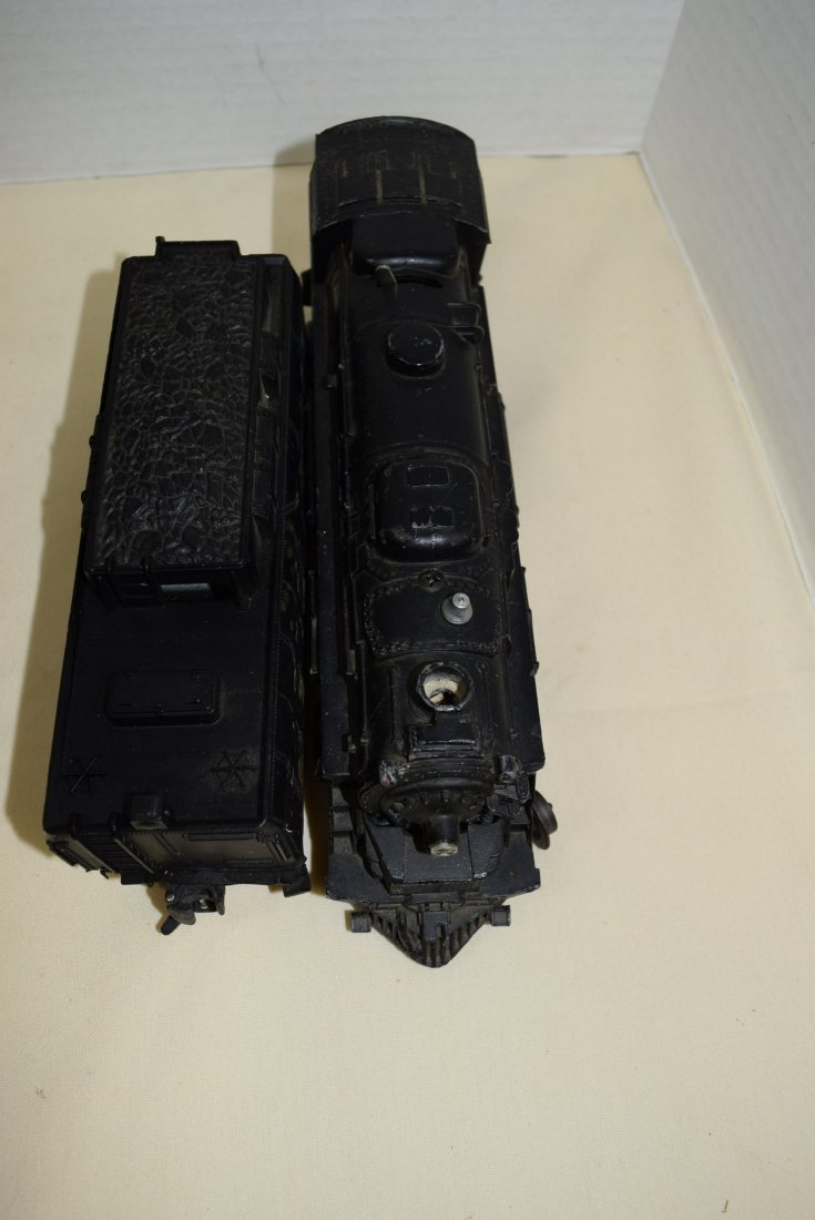 LIONEL LOCOMOTIVE AND TENDER WITH TRACKS - 4