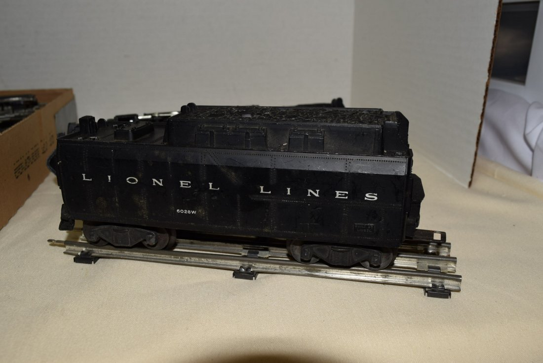 LIONEL LOCOMOTIVE AND TENDER WITH TRACKS - 6