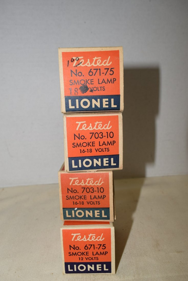 4 VINTAGE LIONEL SMOKE LAMPS - 5