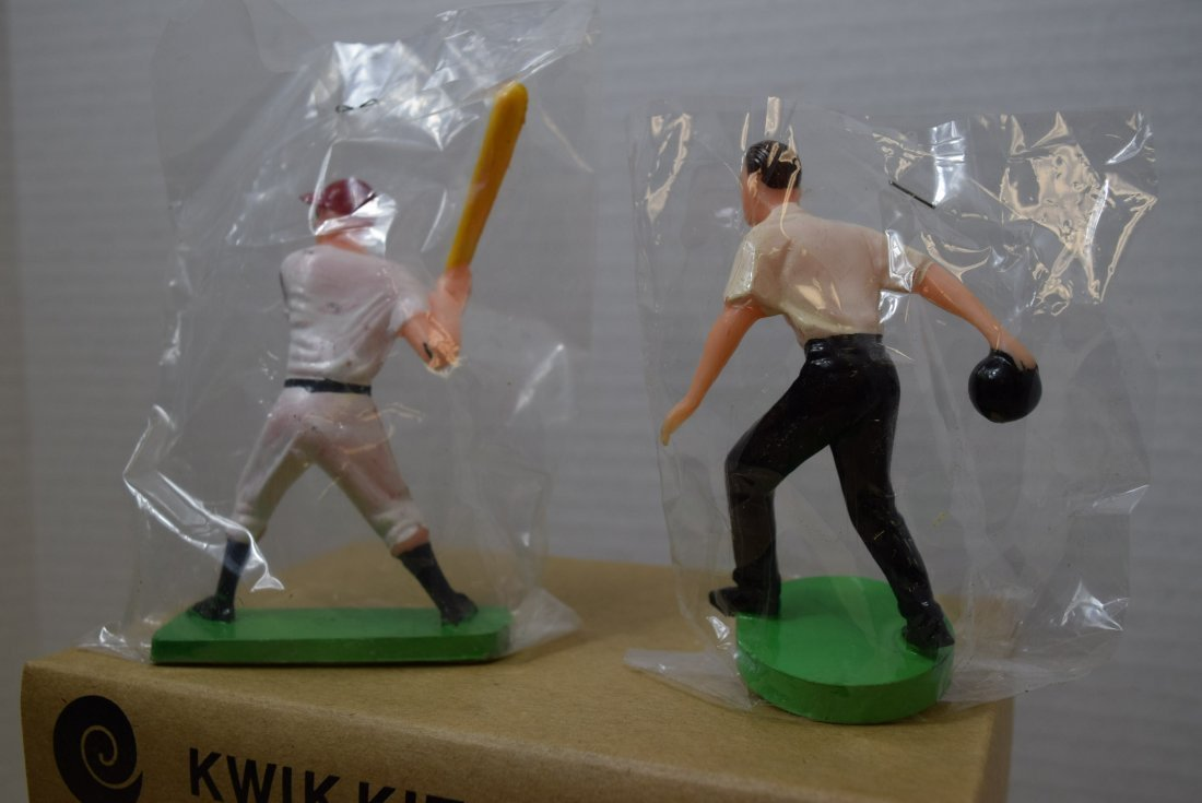 VINTAGE BASEBALL AND BOWLING CAKE/PARTY FAVORS - 5