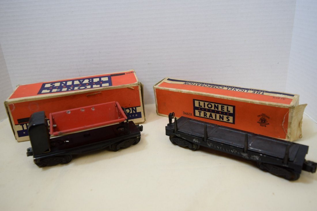 LIONEL TRAIN AUTOMATIC LUMBER CAR & OPERATING RED