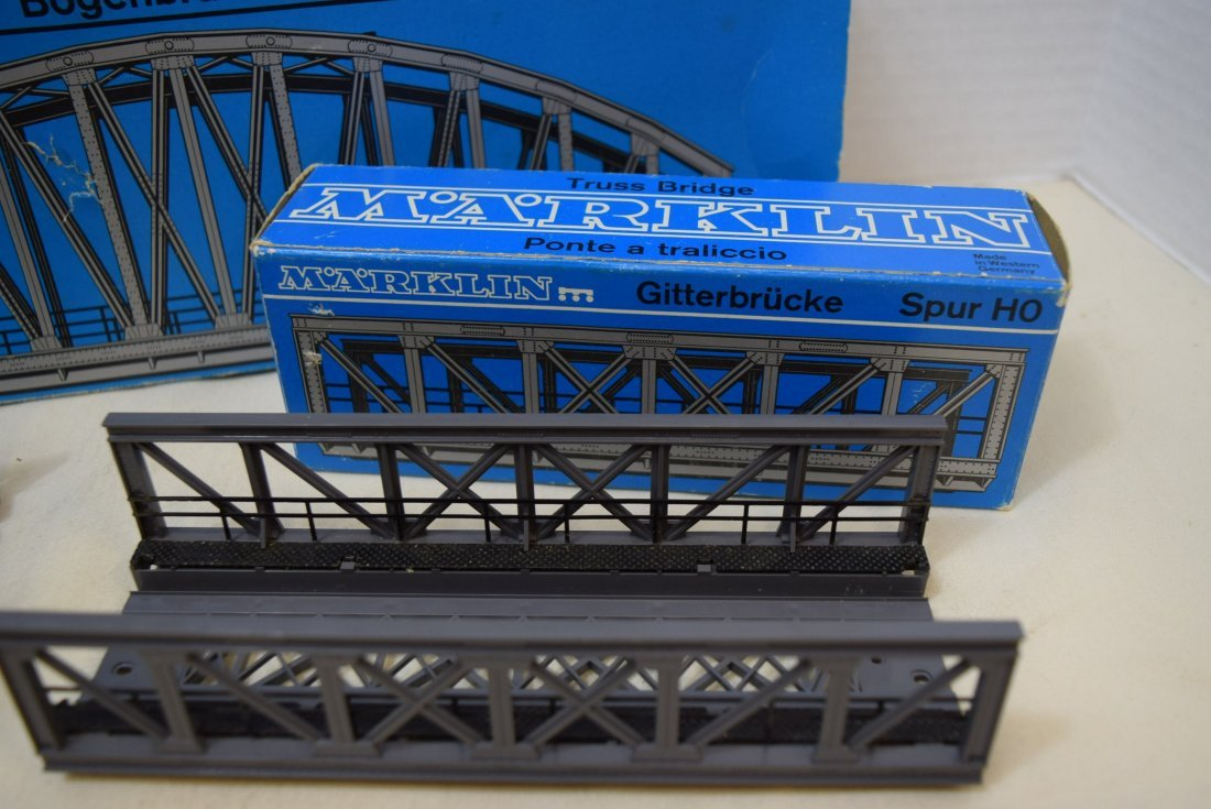 MARKLIN 2 TRUSS BRIDGES AND ONE ARCH BRIDGE - 2