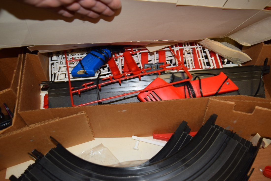 LIONEL POWER PASSERS RACING SYSTEM IN BOX - 4