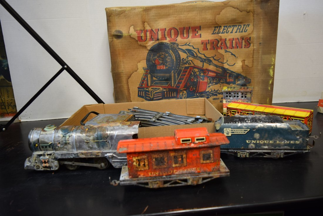 UNIQUE ART CIRCUS TRAIN SET IN ORIGINAL BOX