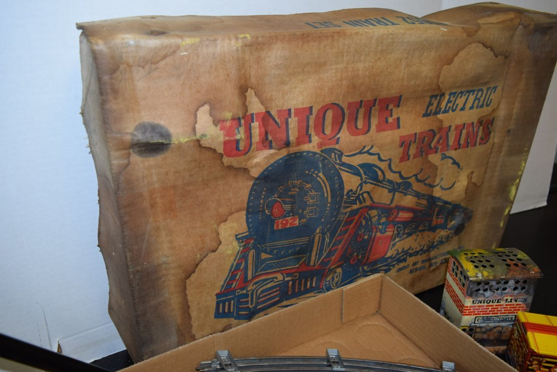 UNIQUE ART CIRCUS TRAIN SET IN ORIGINAL BOX - 3