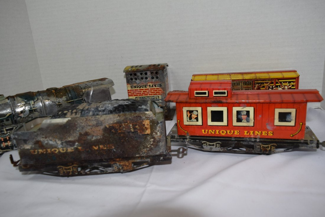UNIQUE ART CIRCUS TRAIN SET IN ORIGINAL BOX - 6